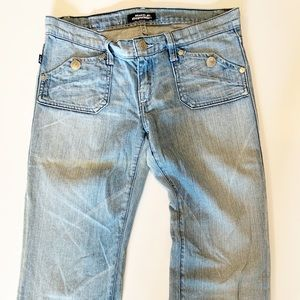 Rock & Republic flare jeans light wash size 27